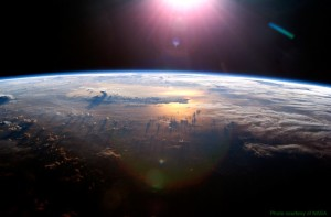 earth sun_800_524